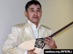 Серік Қалиев, айтыскер ақын. Алматы, 11 ақпан 2012 жыл.