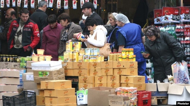 A street market in Yerevan