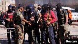 Luptători rebeli sirieni