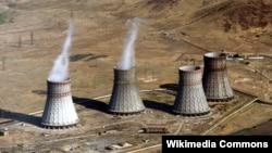 Охладительные башни Мецаморской АЭС