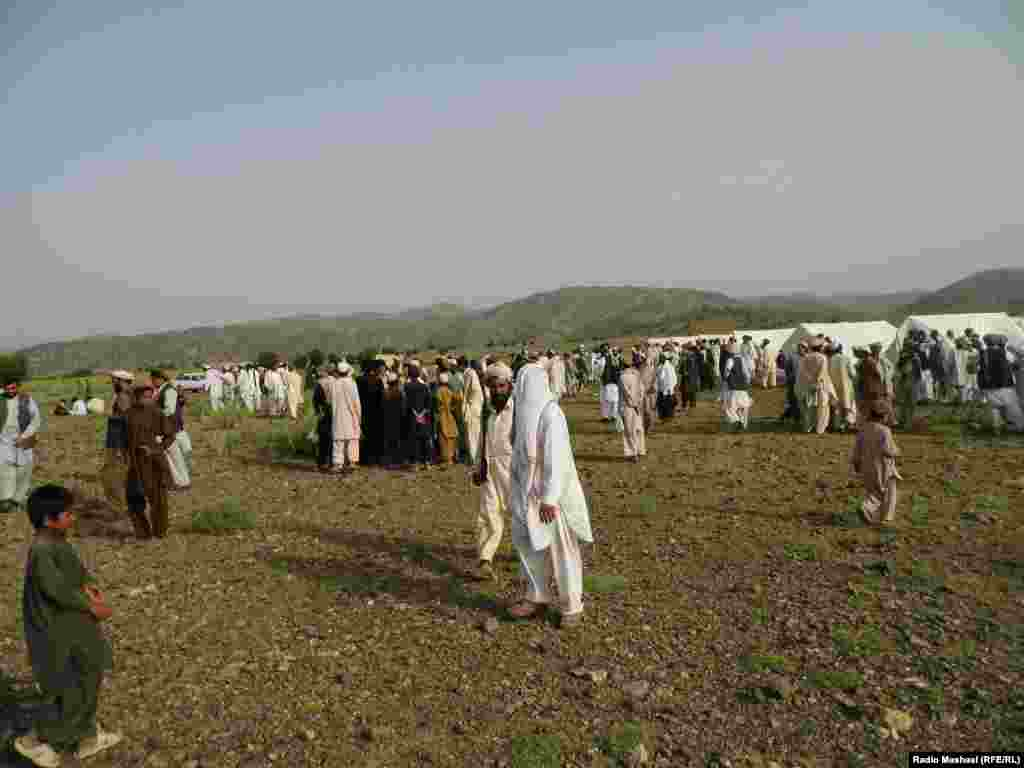 Tents are set up in theGorbaz district of Afghanistan's Khost Province to shelter those who fledPakistan's North Waziristan to avoid the fighting there. June 18, 2014.