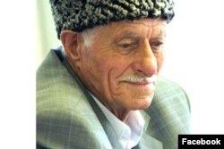 Чеченский писатель Абузар Айдамиров