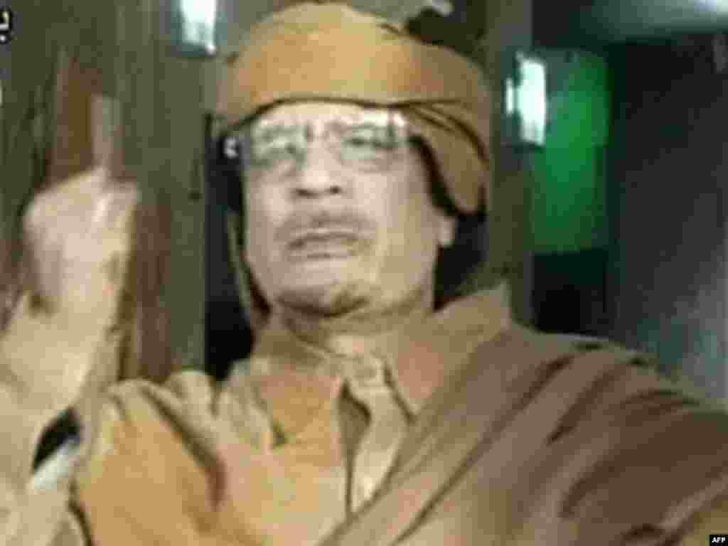 Ливия, 1 сентябрь 2011 ел. Каддафи билгесез урында халкына мөрәҗәгать яздыра