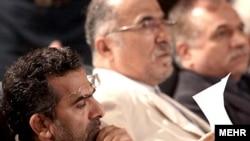 مشاور فرهنگی رئیسجمهور، جواد شمقدری، روحانیون قم را به اظهار نظر غیرکارشناسی متهم میکند