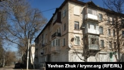 Дом №13 по улице Адмирала Макарова Makarova-13