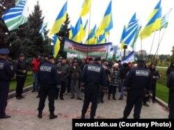 Акция протеста коммунистов в поддержку сближения Украины с Евросоюзом. Донецк, 6 октября 2013 года.