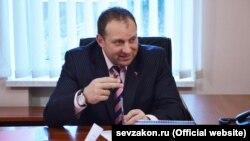 Илья Журавлев