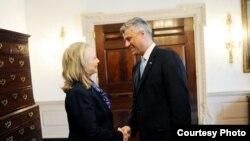 Kryeministri i Republikës së Kosovës, Hashim Thaçi takon Sekretaren Amerikane të Shtetit, znj. Hillari Klinton.