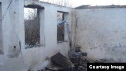 Чечнянең Янди авылында террорчылыкта шикләнелгән кешенең туганнары яшәгән йорт яндырылды
