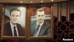 حافظ اسد (چپ) و بشار اسد، رییس جمهوری فعلی سوریه