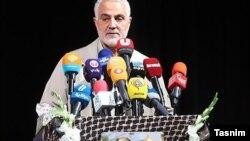 قاسم سلیمانی می گوید: ایران کلید درب انبارهای تسلیحات خود را فرمانده حشدالشعبی قرار داد.