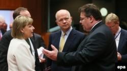 Еуропа Одағы елдері сыртқы істер министрлері Украинадағы жағдайға қатысты төтенше жиында. Брюссель, 20 ақпан 2014 жыл.