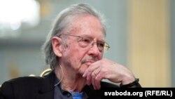 هندکی نویسنده اتریشی که برنده جایزه نوبل سال ۲۰۱۹ در بخش ادبیات شناخته شد