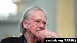 Ёзувчи Питер Ҳандке.