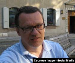 Андрій Даниленко, професор-лінгвіст (фото з Facebook)