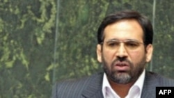 Iranian Economy and Finance Minister Shamseddin Hosseini
