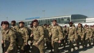 Десантники Збройних сил США в аеропорту «Бориспіль». Близько 300 американських військовослужбовців прибули в Україну для участі у спільних із Нацгвардією навчаннях на Яворівському полігоні, що на Львівщині
