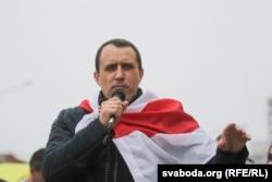 Павал Севярынец на пікеце ля Камароўкі 7 чэрвеня 2020 году