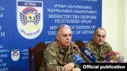 Министр обороны Нагорного Карабаха Левон Мнацаканян на пресс-конференции, Степанакерт, 24 января 2018 г.