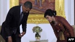 Дидори Обама бо сарвазири Таиланд Шинаватра