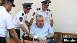 ԱԺ նախկին պատգամավոր Մանվել Գրիգորյանը դատարանում, արխիվ