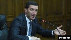 Депутат фракции «Процветающая Армения» Геворк Петросян (архив)
