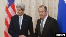 Государственный секретарь США Джон Керри и министр иностранных дел России Сергей Лавров. Москва, 15 декабря 2015 года.