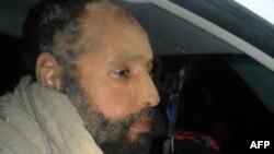 Муаммар Каддафидің ұлы Саиф әл-Ислам Зинтан қаласында қамауда отыр. Ливия, Зинтан, 19 қараша 2011 жыл.