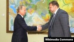 Губернатор Кировской области Никита Белых (справа) и президент России Владимир Путин, август, 2014 года.