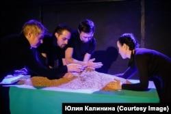 """Спектакль """"Единственный берег"""""""