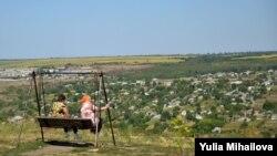Pe malul Nistrului, la Țîpova