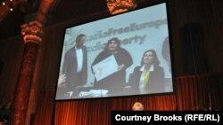 Хадиджа Исмаилова при вручении премии «Доблесть в журнализме», Нью-Йорк, 24 октября 2012