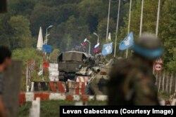 რუსეთის ჯარები ზუგდიდს ტოვებენ