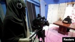 Qahirədə TV studiyası, İyul, 2012