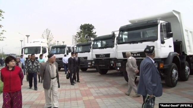 Выставка-ярмарка товаров предприятий и компаний Узбекистана в Душанбе, апрель 2017 года