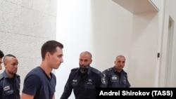 Алексей Бурков в зале суда