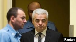 Drago Nikolić