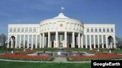 «Оксарой» – рабочая резиденция первого президента Узбекистана Ислама Каримова.