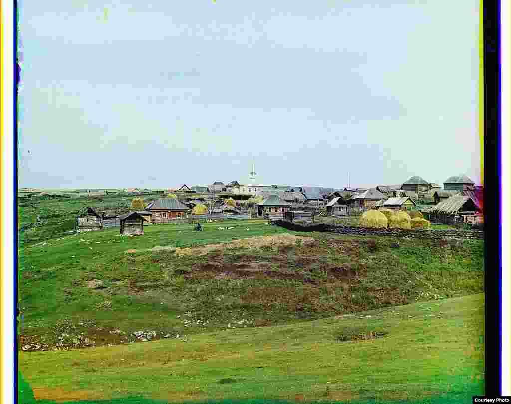 Башкортстанның Салават районында урнашкан Яхья авылының гомуми күренеше