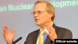 مارک فیتزپاتریک مدیر برنامه خلع سلاح در انستیتوی بینالمللی مطالعات استراتژیک در لندن
