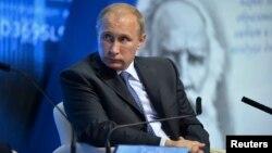 Ռուսաստանի նախագահ Վլադիմիր Պուտինը Պենզայում մի հանդիպման ժամանակ, 15-ը հոկտեմբերի, 2014թ․