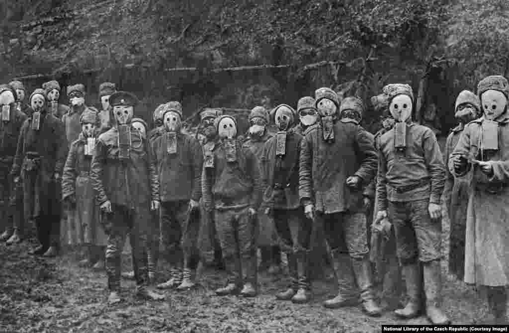 Czechs and Slovaks wearing Russian gas masks. After World War I broke out in 1914, thousands of Czechs and Slovaks living inside Russia heeded Masaryk's call to fight alongside Russians against the Central Powers, which included Austria-Hungary.