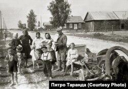 Вёска Зарытава ў Ляхавіцкім раёне, 1961 год