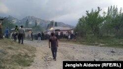Конфликт между жителями кыргызстанского села Чечме и узбекистанского села Чашма анклава Сох из-за источника воды произошел в мае 2020 года.