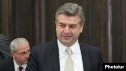 Даже самые ярые противники «руки Кремля» на удивление спокойно отнеслись к тому, что Карен Карапетян возглавит армянское правительство