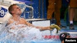 Дмитрий Баландин финишировал первым на дистанции 200 метров брассом. Рио-де-Жанейро, 10 августа 2016 года.