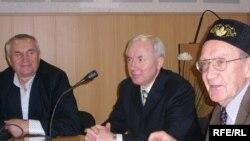 Танылган галим Роалд Сәгъдиев белән Татар Конгрессы бинасында үткән очрашу