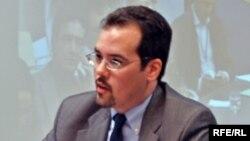 Christopher Walker la RFE în 2010