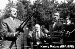 Miniștrii de externe Gyula Horn și Alois Mock la Fertorakos, în 1989