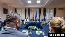 Лидерска средба во проширен состав за референдумското прашање за Договорот со Грција за името